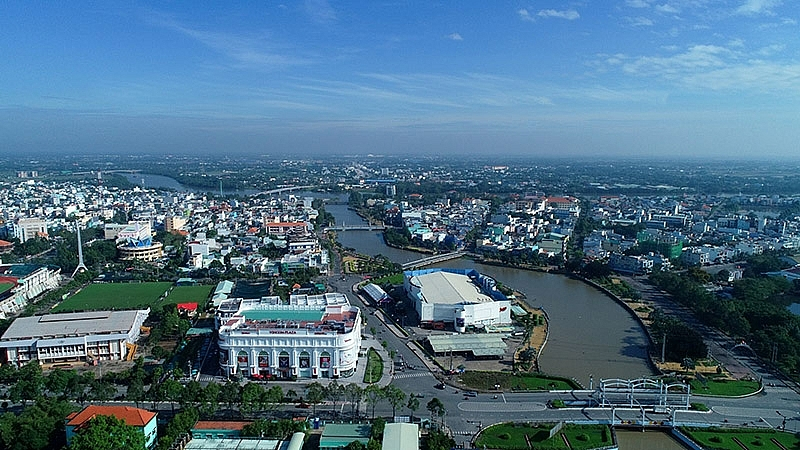 long an to build 59 million ip in duc hoa district
