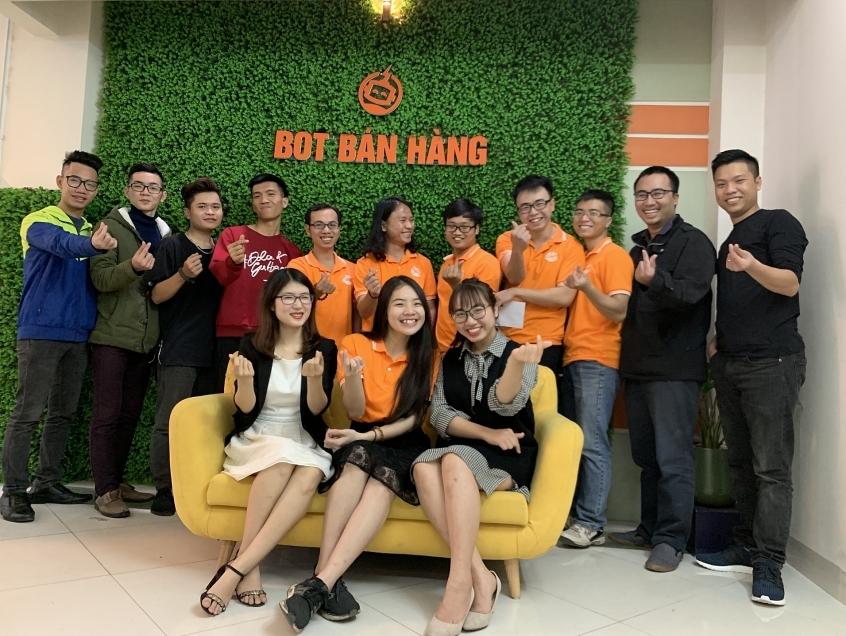 "Chatbot Vietnam: Thinking big despite ""humble format"""