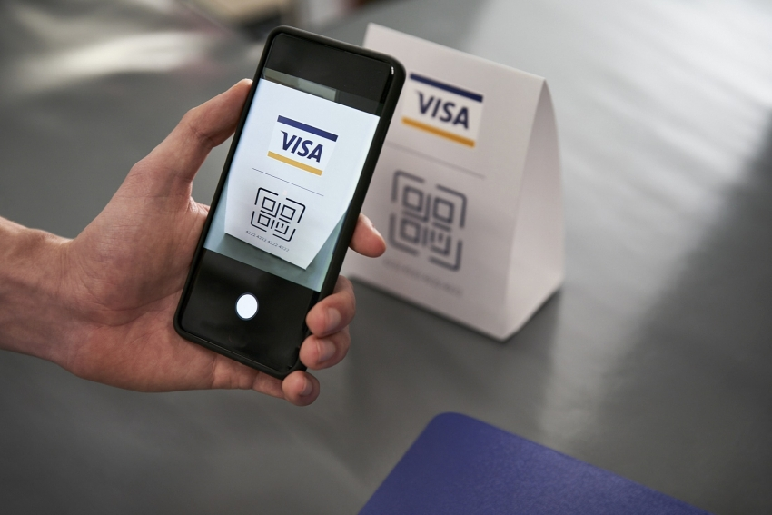 visa study finds cash usage dropping in vietnam as consumers embrace new ways to pay