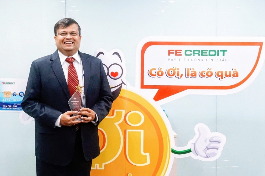 FE Credit receives Best in Card Acquisition Award from Mastercard