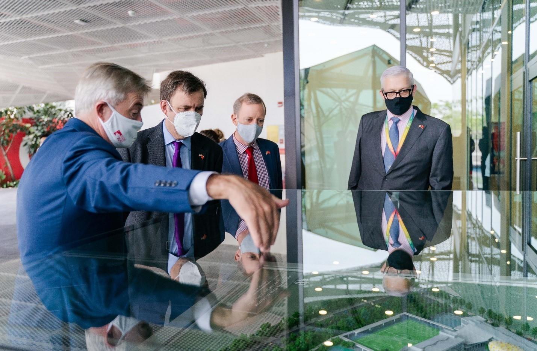 UK Minister visits BUV