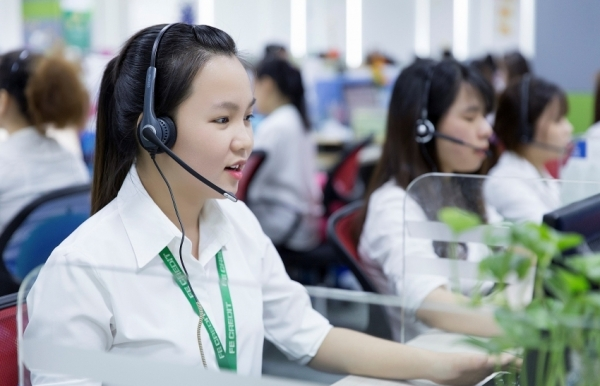 fe credit and cmc tssg host vietnams largest contact centre project