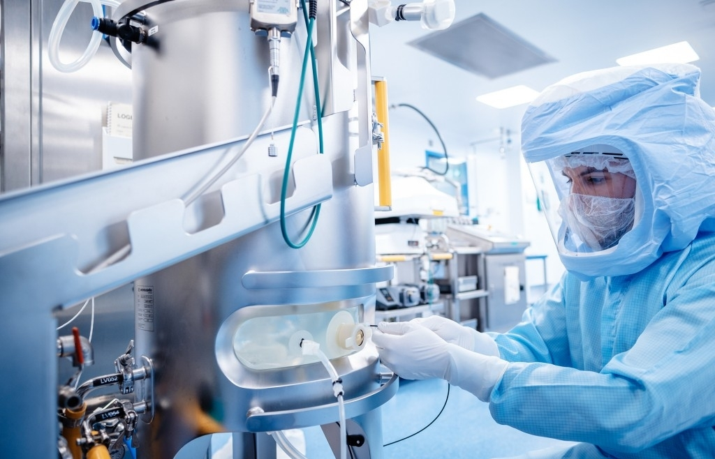 Siemens and BioNTech expand collaboration starting with Singapore production facility