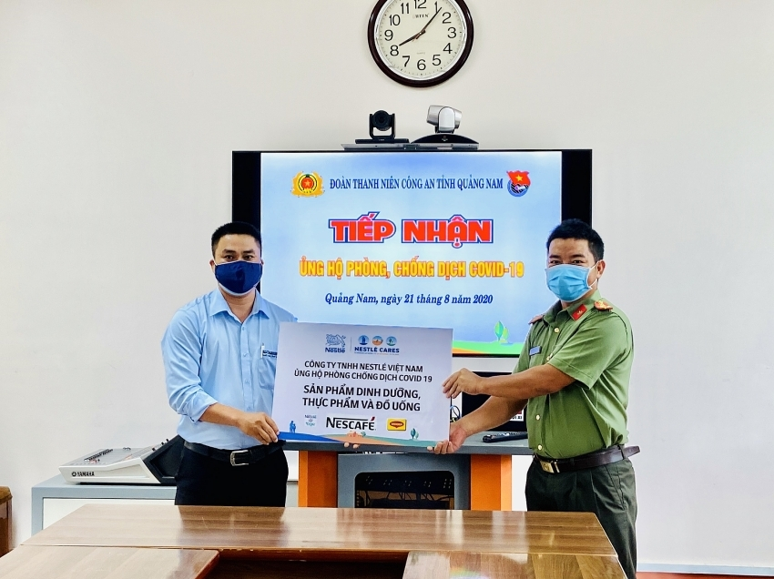 Nestlé Vietnam supports central region's fight against COVID-19