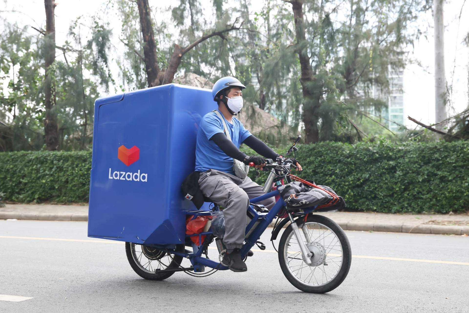 Lazada rebrands its logistics arm for one-stop offerings