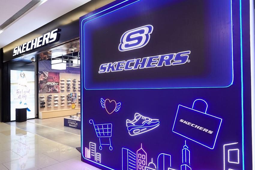 skechers inaugurates biggest store in hanoi in presence of eager kols