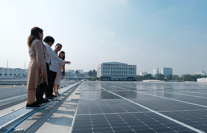 new energy renewable and efficiency model applied at tan son nhat airport