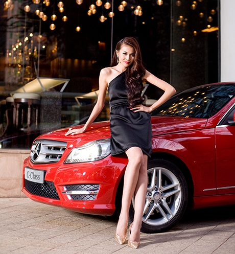 Mercedes-Benz reinforces its leadership position