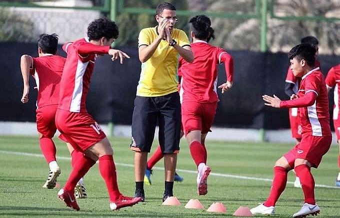 Vietnam can go through at Asian Cup, said Park