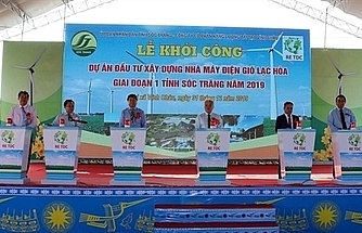 Work begins on Lac Hoa wind power plant in Soc Trang