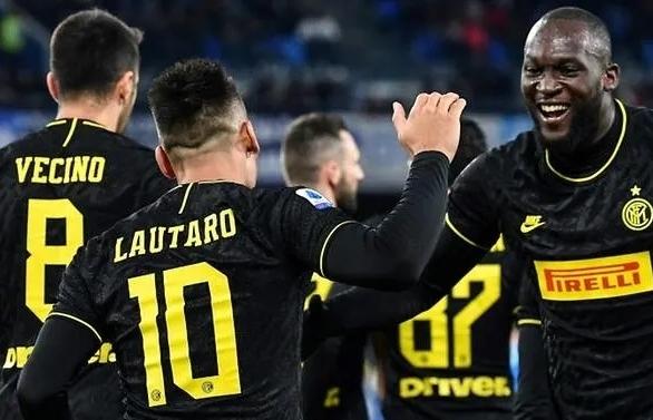 Lukaku double keeps Inter top after Ronaldo's first Serie A hat-trick