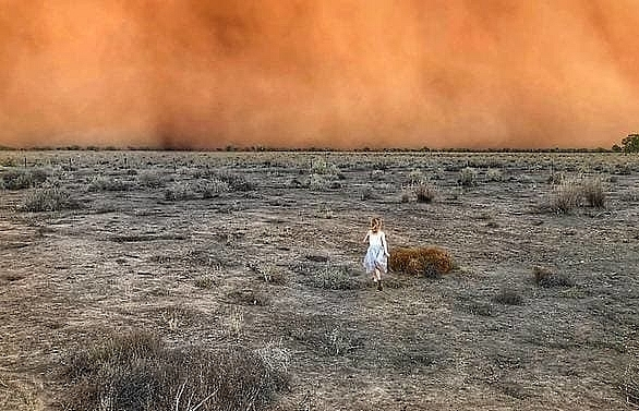 dust storms and giant hail batter bushfire weary australia