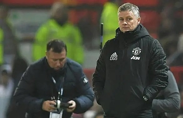 Manchester United can't use pitch as an excuse in FA Cup tie, says Tranmere boss