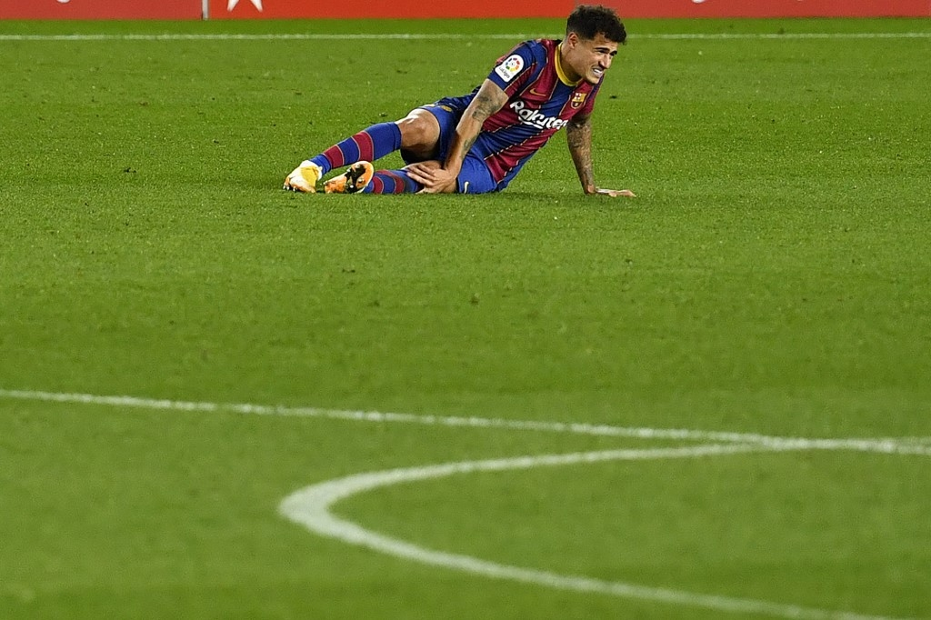 Barca's Coutinho out for three months