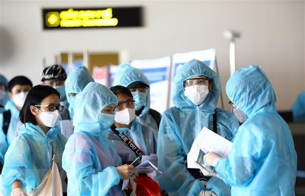 Vietnamese citizens advised to travel home only when really necessary: spokesperson