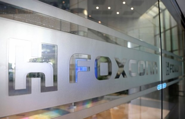 Foxconn invests in 270-million USD laptop plant in Bac Giang