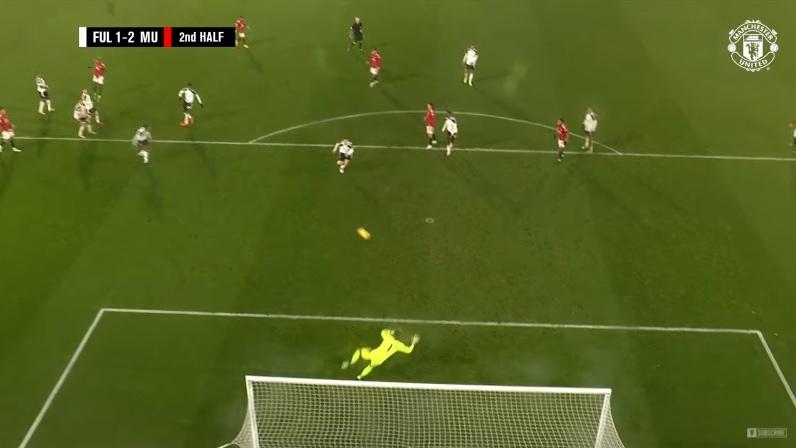 Pogba fires Man Utd back to Premier League summit