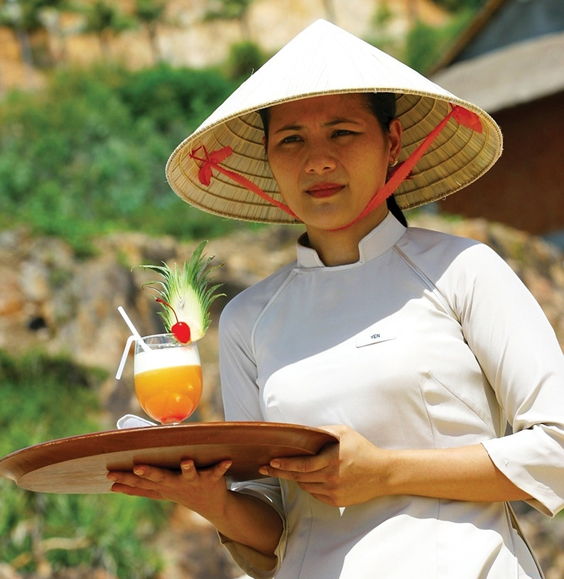 1528 p23 gloomy new year for workers in tourism