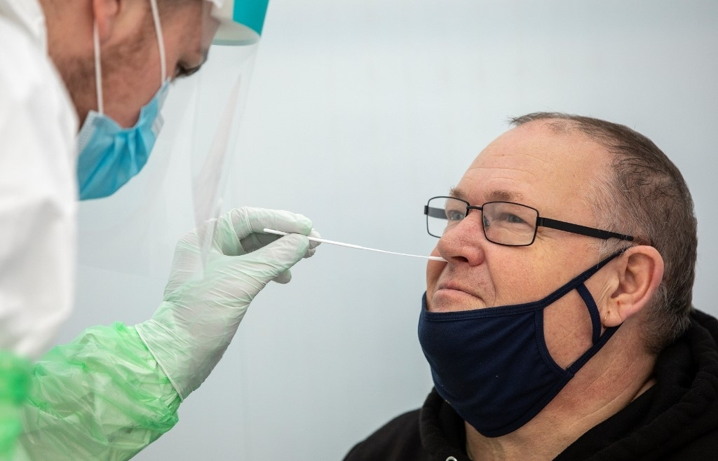EU backtracks on restricting vaccines to Northern Ireland