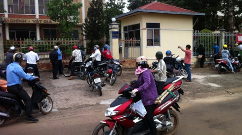 Binh Phuoc officials held for causing loss of $1.2 mln