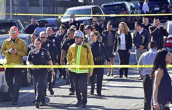 Two students wounded in LA school shooting