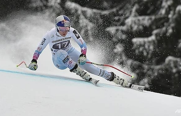 Ski star Vonn vows to win for late grandfather