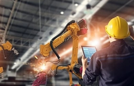 labour disruption in industry 40