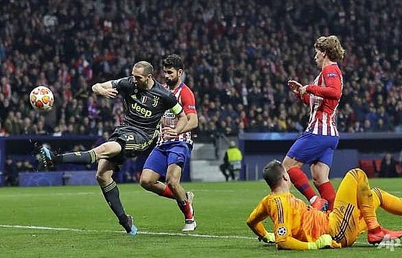 Atletico beat Juventus 2-0 in Champions League last 16, first leg