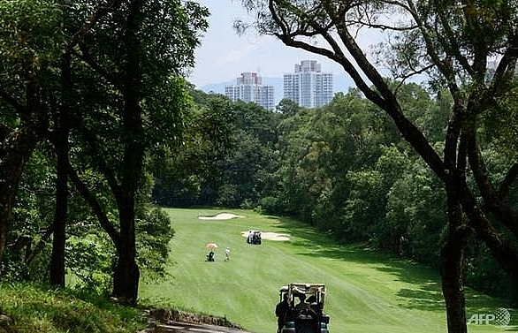hong kong to partially develop historic golf course for housing