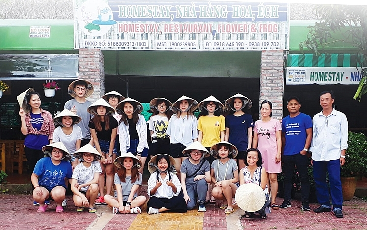 dong thap tourism working together