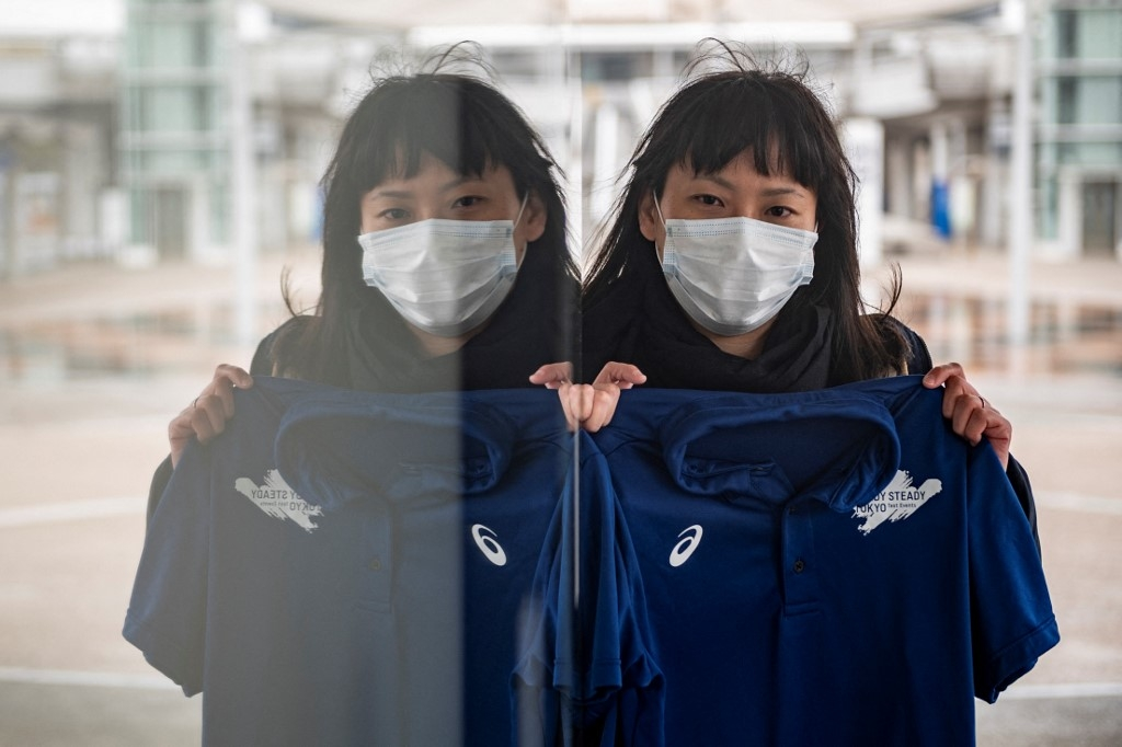 foreign volunteers for tokyo olympics face virus limbo