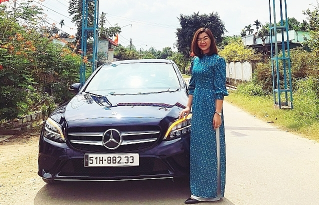 Winning a Mercedes car, the story of a resilient village girl