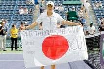 Wozniacki, Sharapova reach semis at Indian Wells