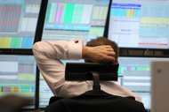 European stock markets closed down, with London's benchmark FTSE 100 index dropping 0.79 percent to 5,845.65 points