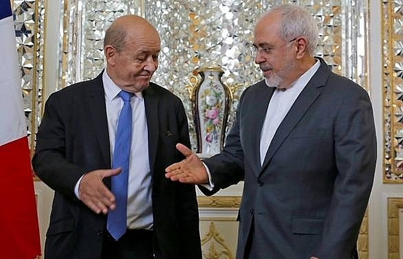 French foreign minister in Tehran for tense talks
