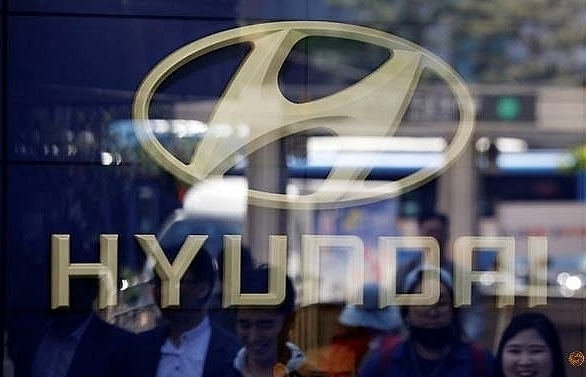 hyundai motor shares tumble following us probe of air bag failures