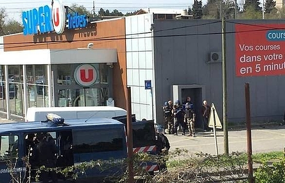 islamic state claims deadly french supermarket siege