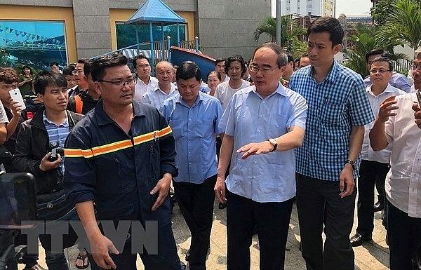 HCM City leader asks apartment fire checks after Carina Plaza visit