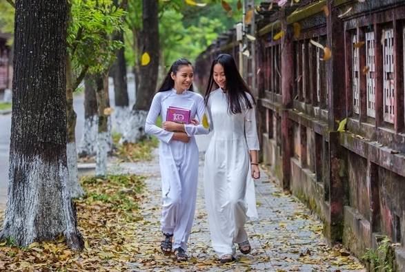 Stunning March scenes of ancient Hue city