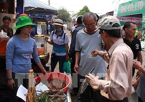 coffee trade fair opens in dak lak province