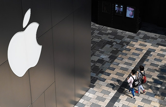 Apple sets Mar 25 event, hints at streaming