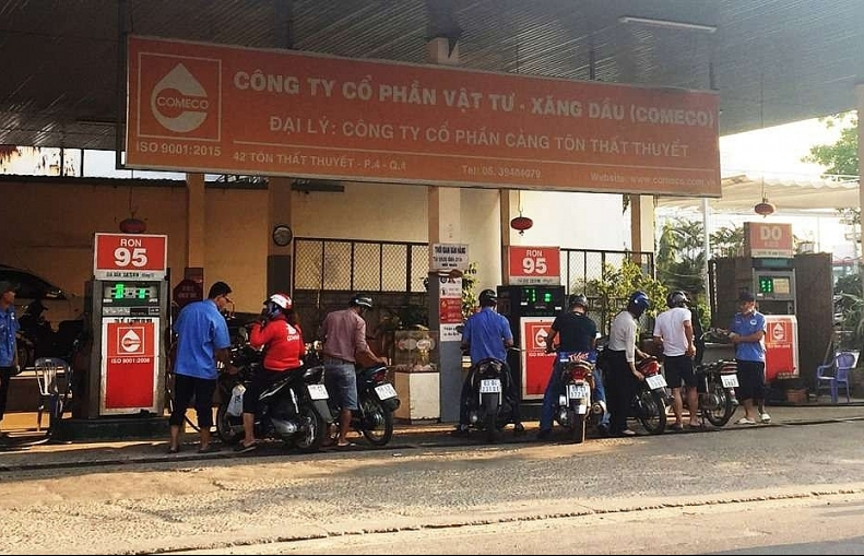 City cracks down on petrol stations that commit fire-safety violations