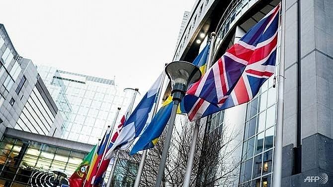 eu and uk begin talks on post brexit relationship