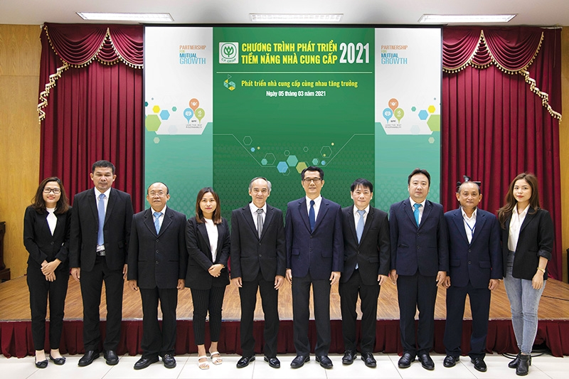 1534 p8 cpv conference focus on growth via cooperation