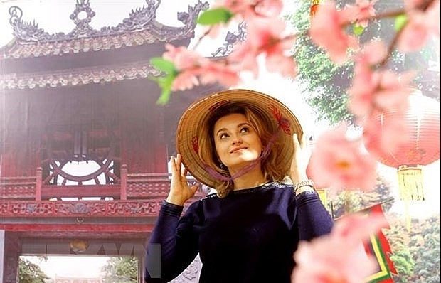 Russian photographer impressed by Vietnam's Ao Dai