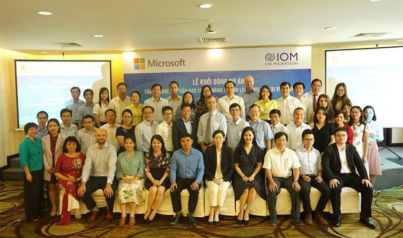 Microsoft and IOM partner to strengthen access to  online learning for young workers