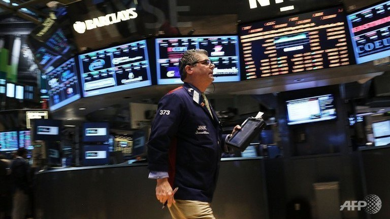 Dow, S&P push to new record highs