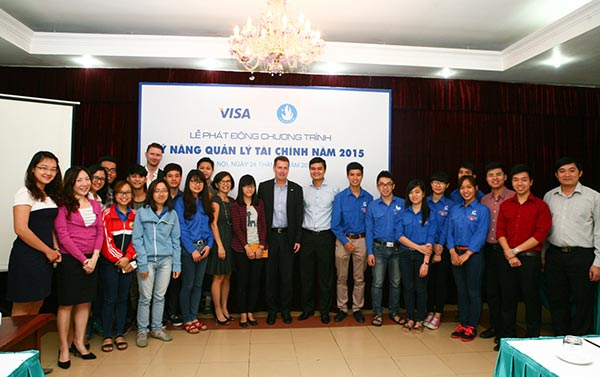 visa improves university students financing skills