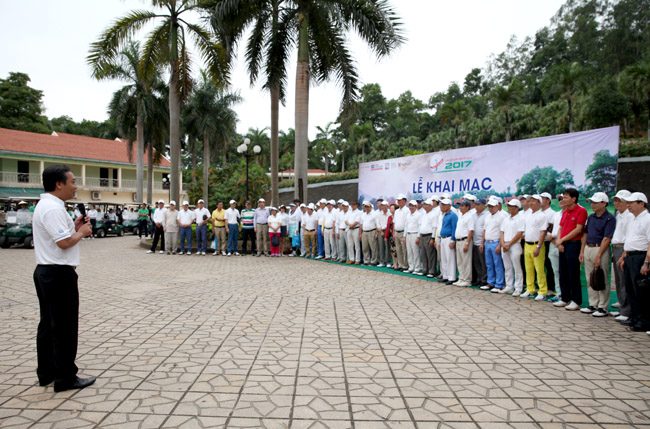 virs swing for the kids 2017 teed off