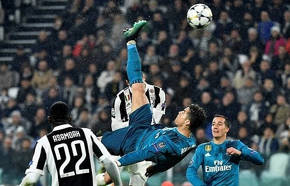 record breaker ronaldo lauded after most beautiful goal buries juve
